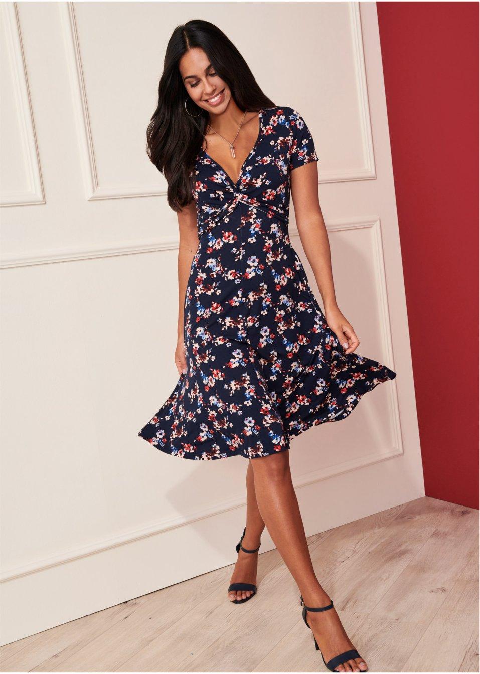 Kleider für Damen in tollen Designs  bonprix